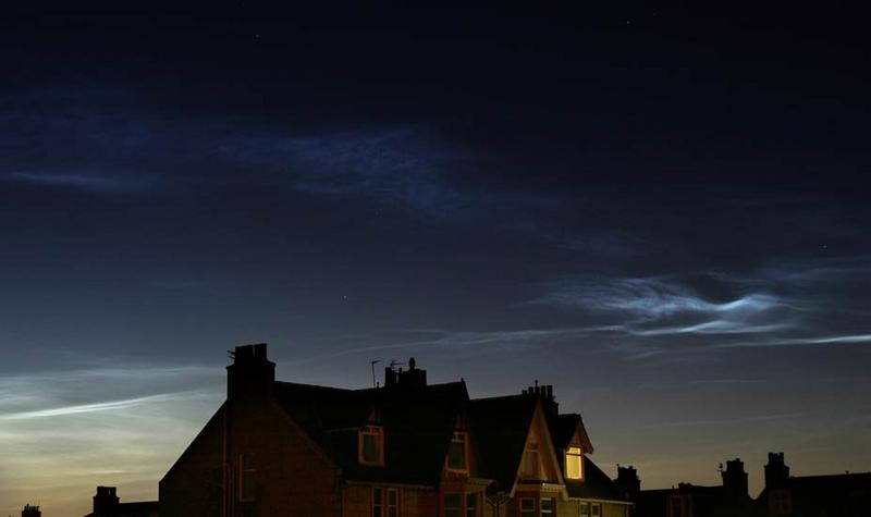 noctilucent_clouds_09